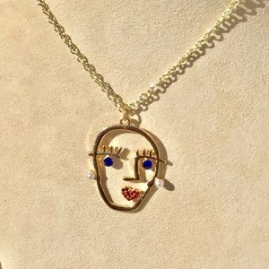 Rhinestone face Necklace!